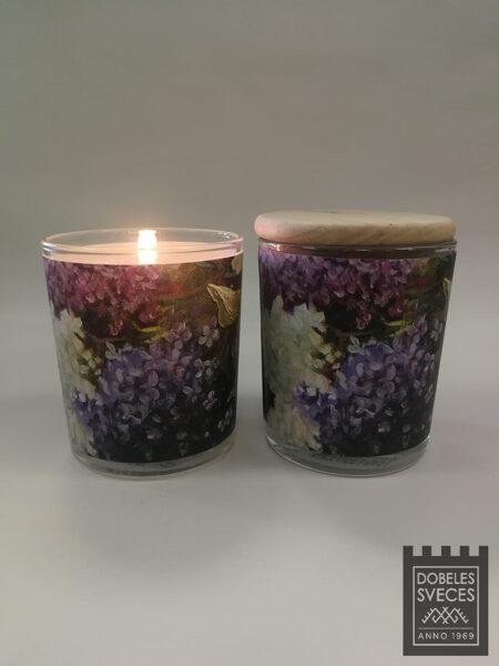 """""""DOBELES CERIŅI"""" - svece stikla glāzē ar maigu ceriņu aromātu"""